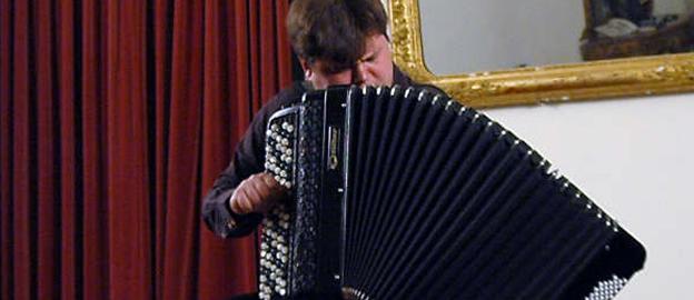 Concerto por Alexander Sevastian