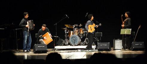 João Frade – Gaveta no palco