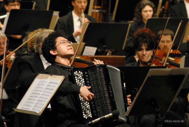 Concerto de Abertura com Xu Xiaonan