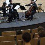 JAL202040445Senza Trio